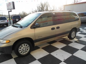 1998 Plymouth Grand Voyager (7)