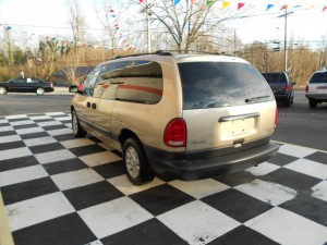 1998 Plymouth Grand Voyager (8)