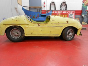 1950s yellow mercedes carnival ride (15)