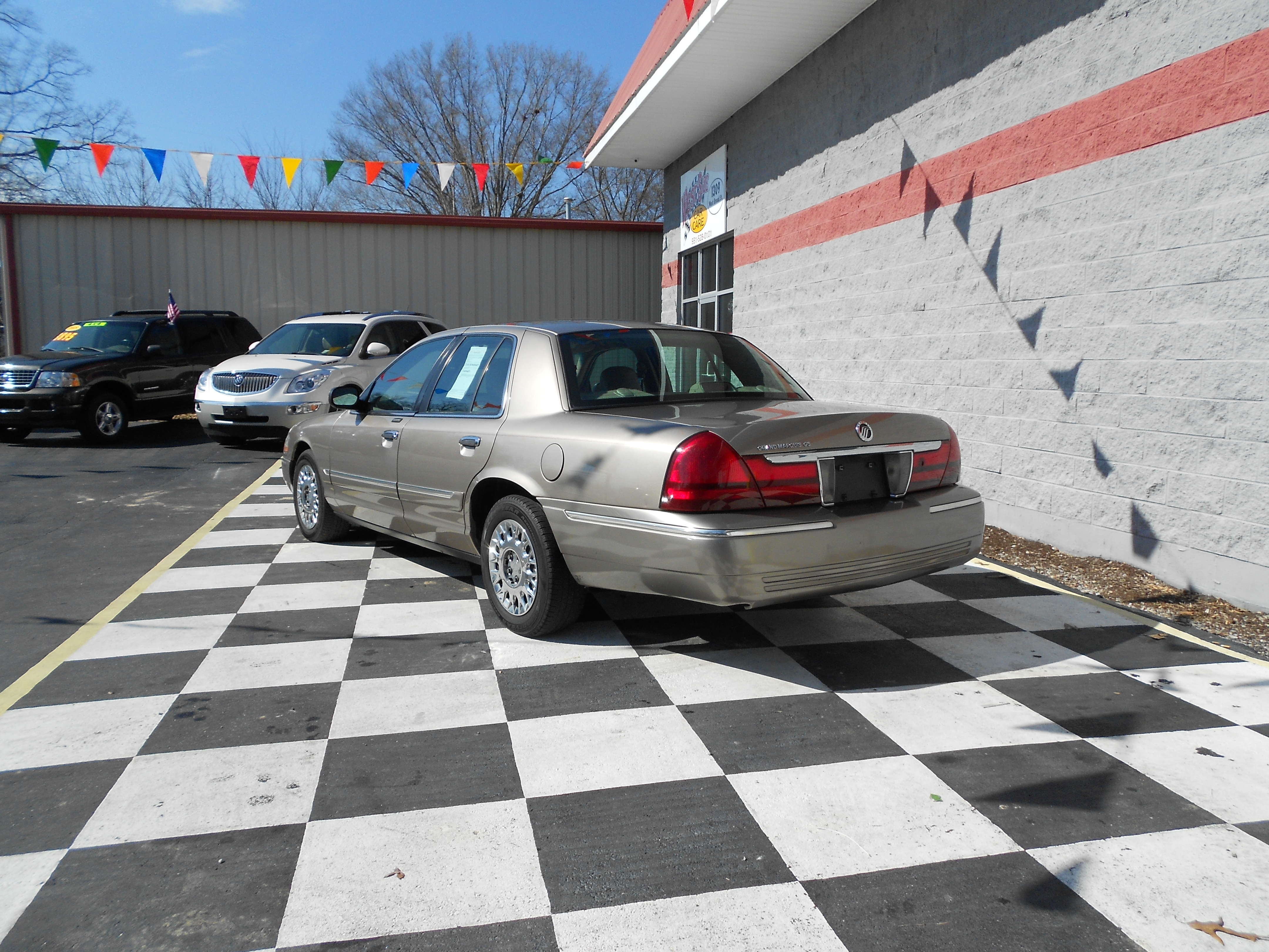 2003 Mercury Grand Marquie Gs Buffyscars Com