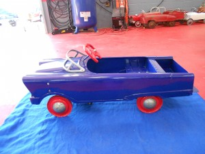 1960s Murry wagon pedal car (1)