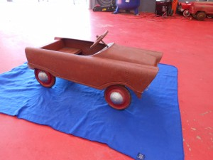 1960s murry pedal car (3)