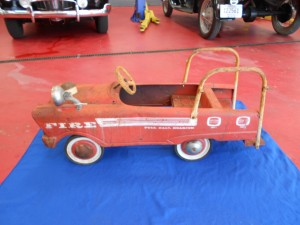 1960s pedal fire truck (5)