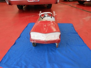 Matell fire pedal car (2)