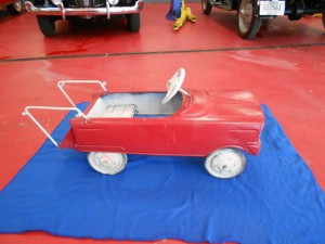 Matell fire pedal car (3)