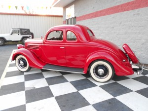 1935 FORD 5 WINDOW COUPE (7)