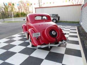 1935 FORD 5 WINDOW COUPE (9)